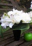 Biedemeier bloemstuk in vaas Wit_
