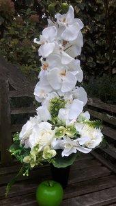 Bloemstuk in vaas met kunstbloemen Wit