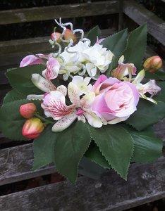 Bloemstuk met kunstbloemen Hortensia/roos pastel